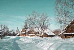 Casa rural de madera fotos de archivo