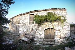 Casa rustica della pietra del villaggio Immagini Stock Libere da Diritti