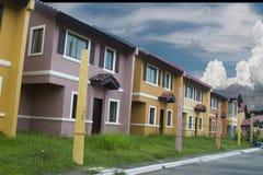 Casa a schiera di massa dell'alloggio Immagine Stock
