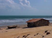 Casa semplice in spiaggia di Jericoacoara fotografia stock libera da diritti
