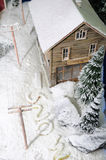 Casa Snow-covered imagem de stock