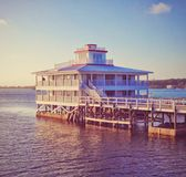 Casa sobre o mar das caraíbas Imagens de Stock Royalty Free