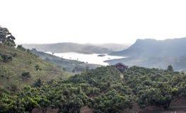 Casa sola del paesaggio sulla montagna superiore Immagini Stock