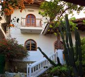 Casa spagnola di stile, Ecuador fotografia stock libera da diritti