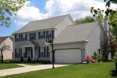 Casa suburbana Imagen de archivo libre de regalías