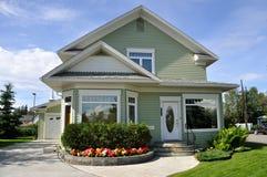 Casa suburbana Fotografie Stock Libere da Diritti
