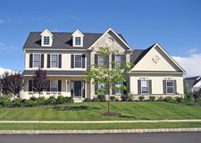 Casa suburbana dell'alta società 2 Fotografia Stock Libera da Diritti