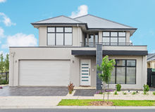 Casa suburbana moderna Immagini Stock