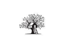 Casa sull'albero illustrazione vettoriale