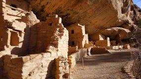 Casa sull'albero attillata, Mesa Verde National Park Immagine Stock