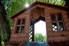 Casa sull'albero di legno Fotografia Stock Libera da Diritti