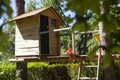 Casa sull'albero di legno Fotografia Stock