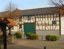 Casa suportada encantadora em Alemanha Imagens de Stock Royalty Free