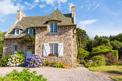 Casa típica de Bretaña del francés Foto de archivo libre de regalías