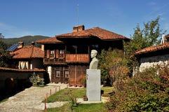 Casa típica en Bulgaria Imagenes de archivo