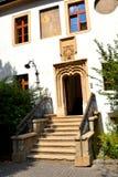 Casa típica en Sibiu, capital europea de la cultura por el año 2007 Imagenes de archivo