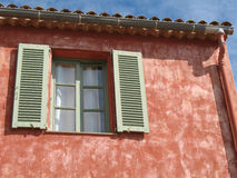 Casa típica francesa de riviera Imágenes de archivo libres de regalías