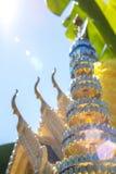 Casa tailandesa del alcohol con el cielo azul Imagen de archivo libre de regalías