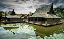 Casa tailandesa do estilo antigo, Fotos de Stock Royalty Free
