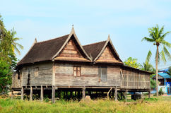 Casa tailandesa, estilo antigo imagem de stock