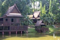 Casa tailandesa tradicional