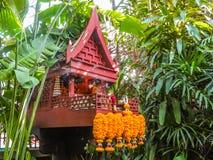 Casa tailandese e giardino tropicale Bangkok, Tailandia Fotografia Stock Libera da Diritti