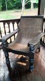 Casa tradicional con la silla de la rota Fotografía de archivo libre de regalías