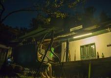 casa tradicional do lado do país da casa da quinta Fotos de Stock