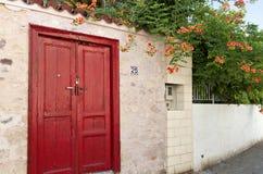 Casa tradicional en la isla de Aegina, Grecia Fotos de archivo