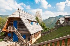 Casa tradizionale della montagna Immagine Stock