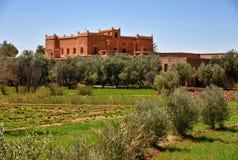 Casa tradizionale nel paesaggio della campagna del Marocco Immagine Stock Libera da Diritti