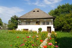 Casa tradizionale rumena, provincia storica di Oltenia immagini stock