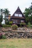 Casa triangular do telhado foto de stock royalty free