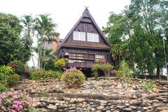 Casa triangular do telhado Imagens de Stock Royalty Free
