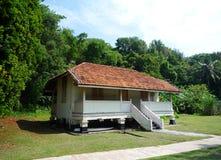 Casa tropical del estilo de la isla imagen de archivo