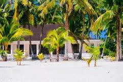 Casa tropical en la playa de la isla bantayan, Santa Fe Filipinas, 08 11 2016 Foto de archivo libre de regalías