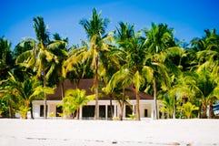 Casa tropical na praia da ilha bantayan, Santa Fé Filipinas, 08 11 2016 Imagens de Stock