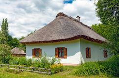 Casa ucraina tradizionale del villaggio Immagine Stock Libera da Diritti