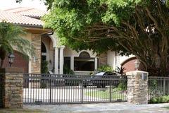 Casa unifamiliare moderna Immagine Stock