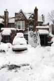 Casa urbana coperta di neve Fotografie Stock Libere da Diritti