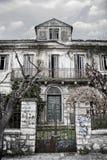 Casa velha abandonada Foto de Stock