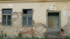Casa velha abandonada filme