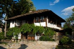 Casa velha em Bulgária. Casa de Raikov - Trqvna Fotos de Stock
