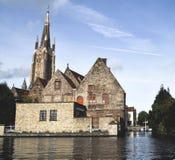 Casa velha na água Fotos de Stock