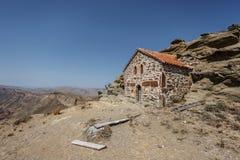 Casa velha na beira Georgian e azerbaijana (montagem Gareja) Fotografia de Stock