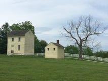 Casa velha no país Imagem de Stock Royalty Free