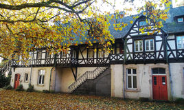 Casa velha no parque Imagens de Stock Royalty Free