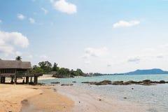 Casa velha pelo mar Imagem de Stock Royalty Free