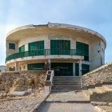 Casa velha pelo mar no parque de Montaza, Alexandria, Egito, conhecido como a casa de campo do vice-presidente atrasado do Sr. Hu imagens de stock