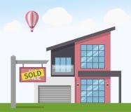 A casa vendeu o sinal Ilustração do vetor no estilo liso Fotografia de Stock